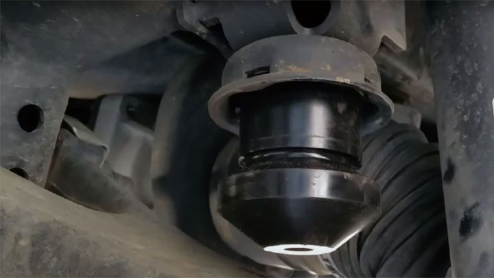jounce bushing in strut